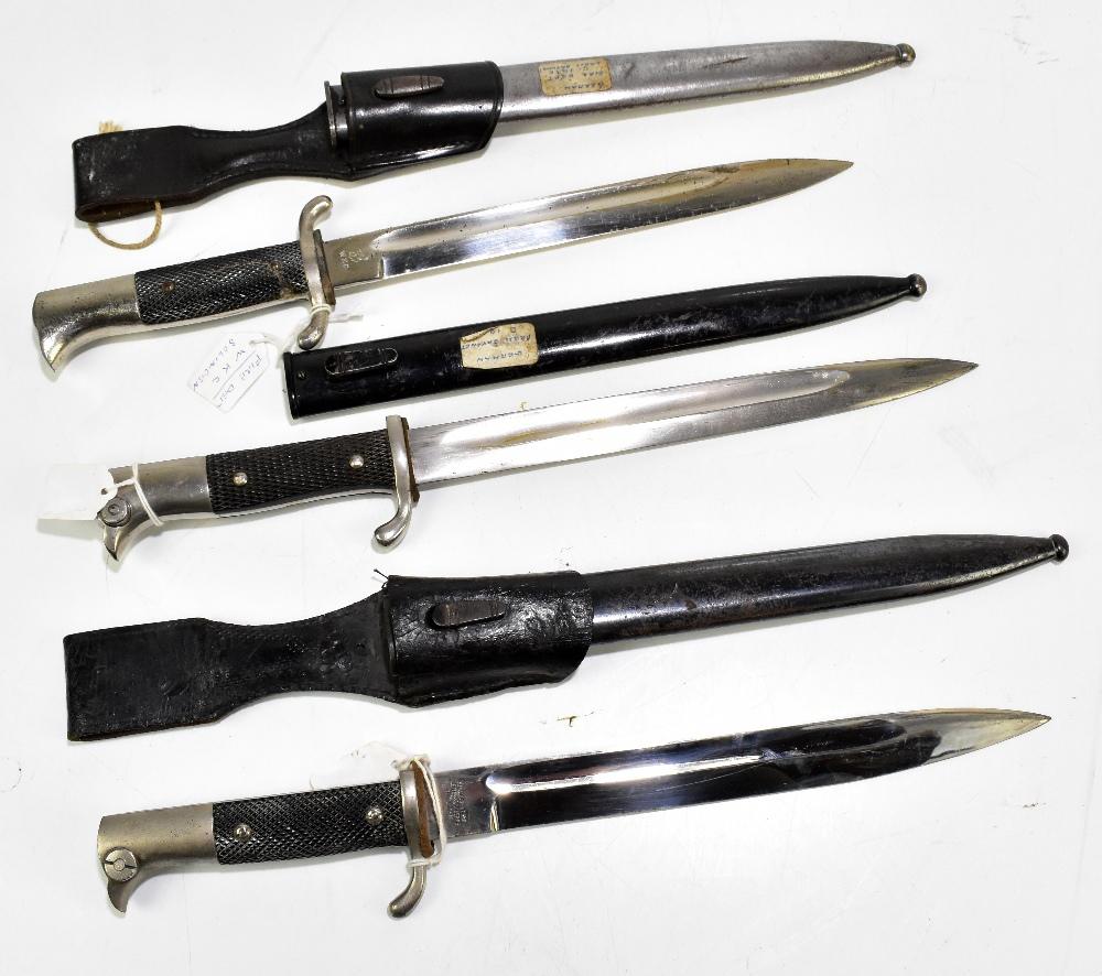 Three German bayonets comprising Alexander Coppel 1887/1930, press bayonet c1920 and c1930 Fire