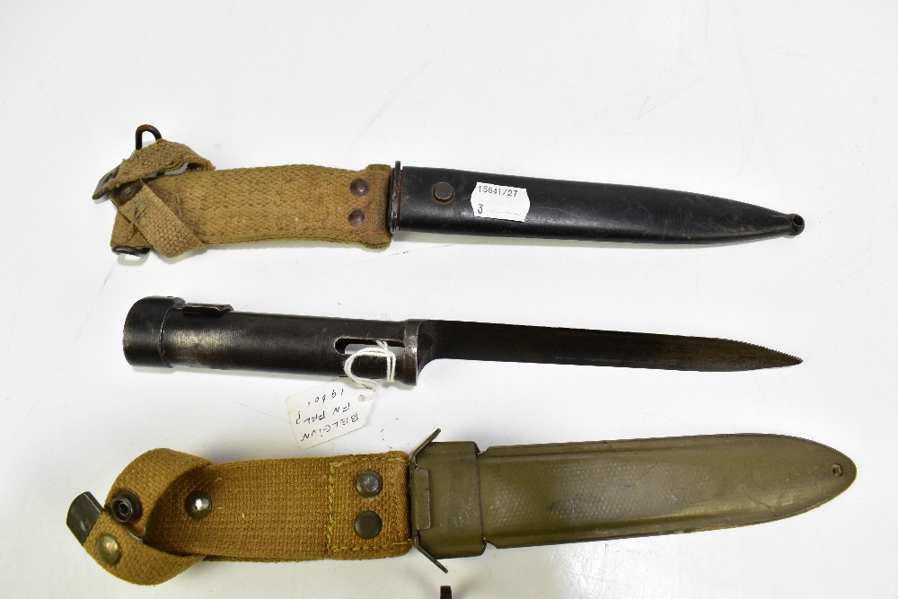 Three bayonets comprising Italian Carcano, Beretta BM-59 M70 and a further possibly Belgian FN FAL - Image 4 of 4