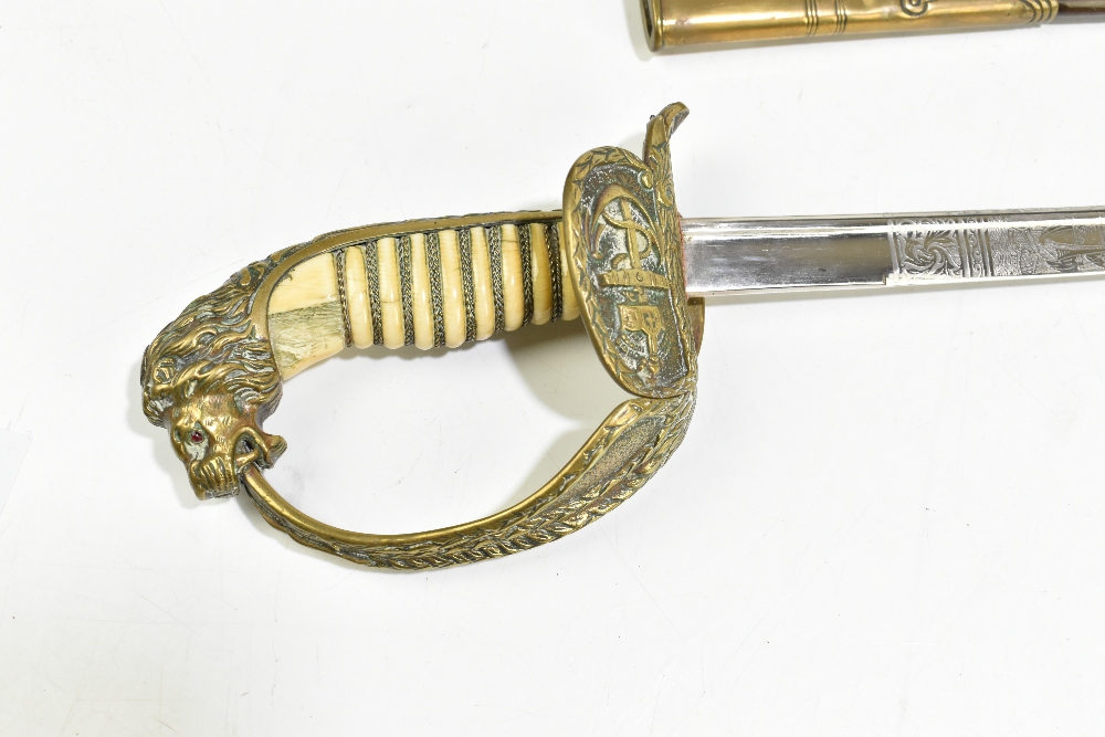 A late 19th/early 20th century Imperial German naval officer's pipeback dress sabre, the blade - Image 2 of 6