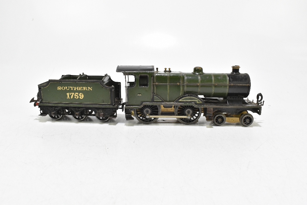 HORNBY; a c.1935-1941 No.2 Special Southern L1 locomotive no.1759, with modern chassis and twelve - Image 2 of 9