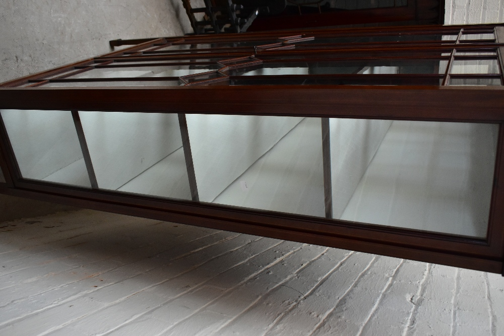AnEdwardian inlaidmahogany display cabinet, with two astragal glazed doors enclosing glass - Image 3 of 3