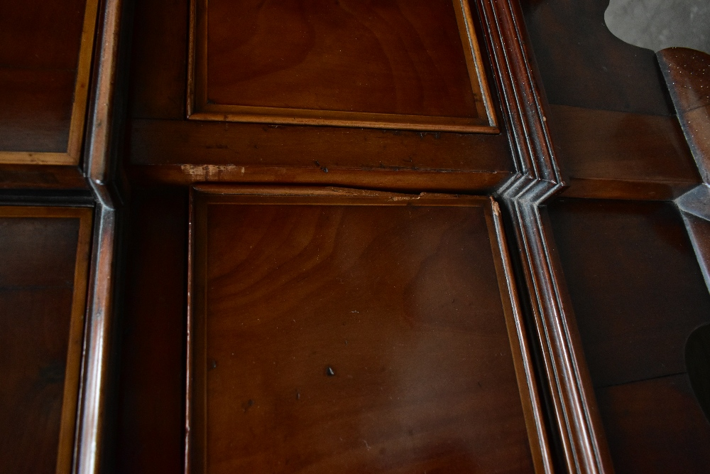 An early 20th century inlaid mahogany inverted breakfront display cabinet, the four astragal - Image 6 of 7