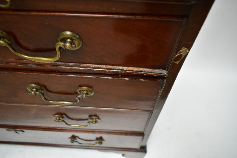 An early 19th century mahogany chest of drawers with brush slide above four drawers, raised on - Image 5 of 5