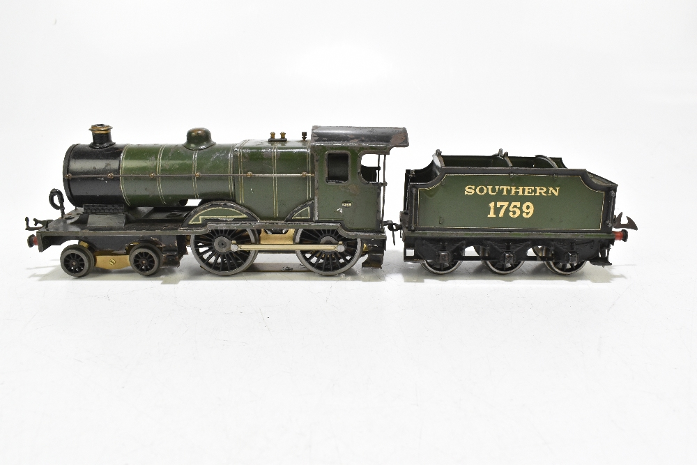 HORNBY; a c.1935-1941 No.2 Special Southern L1 locomotive no.1759, with modern chassis and twelve - Image 3 of 9