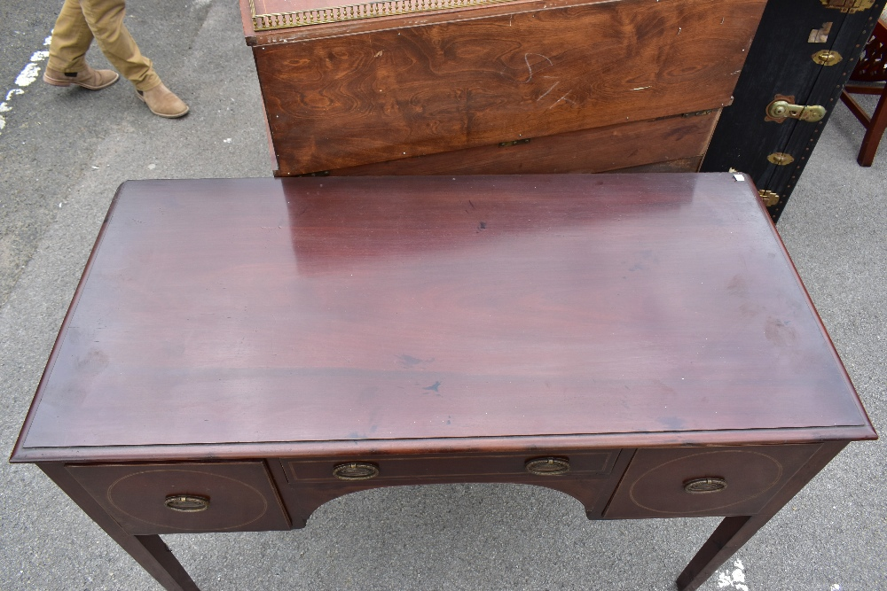 An Edwardian inlaid mahogany knee hole writing table, the central drawer flanked by two panelled - Image 2 of 5