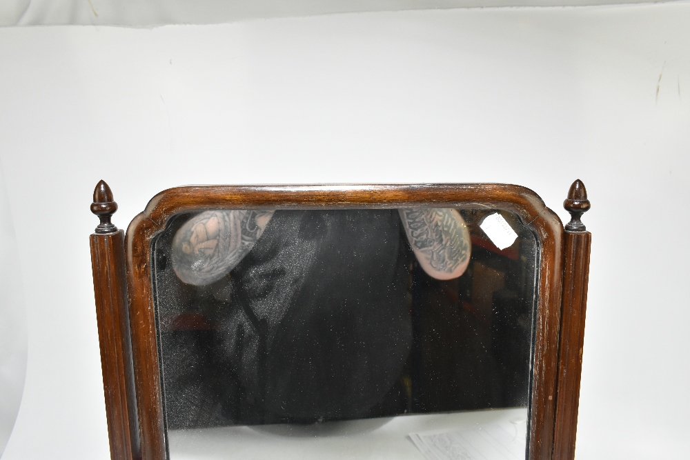 An early 20th century mahogany swing toilet mirror, height 59cm, width 38cm. - Image 3 of 4