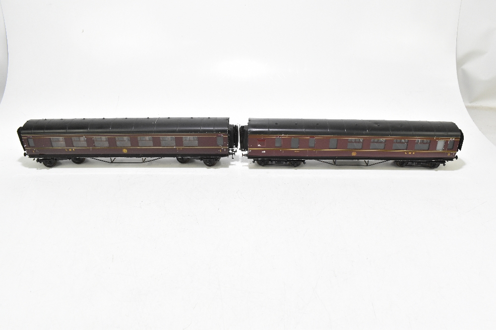 EXLEY FORBASSETT-LOWKE; two LMS coaches comprising a K5 Corridor 1st No.8778 and K6 Brake 3rd No. - Image 2 of 9