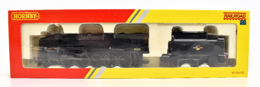 HORNBY; a boxed R2880 BR 9F no.92221 locomotive and tender in black livery.Additional