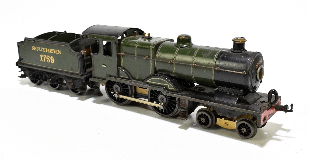 HORNBY; a c.1935-1941 No.2 Special Southern L1 locomotive no.1759, with modern chassis and twelve