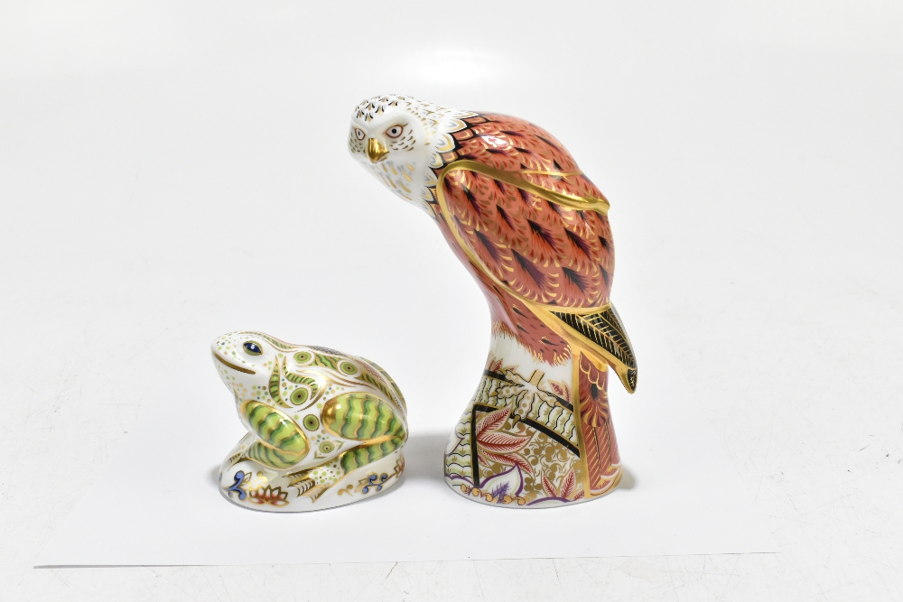 ROYAL CROWN DERBY; two animal form paperweights, comprising 'Red Kite', height 19cm, and 'Toad', - Image 5 of 8