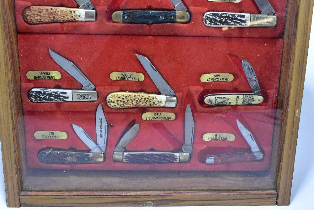 JOSEPH RODGERS OF SHEFFIELD; a glazed shop presentation case housing ten hunting-type knives, the - Image 4 of 5