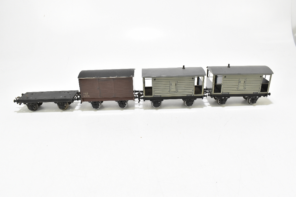 BASSETT-LOWKE; two brake vans, a closed van and a possibly Bassett-Lowke flatbed truck (4). - Image 2 of 6
