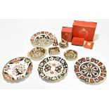 ROYAL CROWN DERBY; seven assorted pieces decorated in no.1128 pattern, comprising a table lighter,