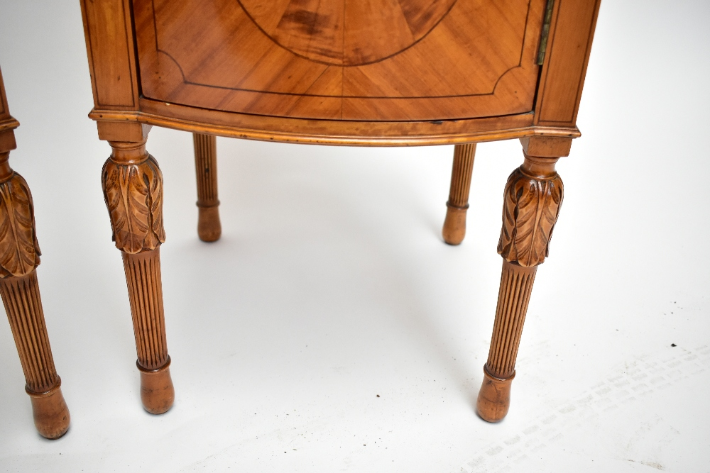 A pair ofEdwardian Sheraton Revival painted satinwood bowfront bedside cabinets, with raised - Image 7 of 13