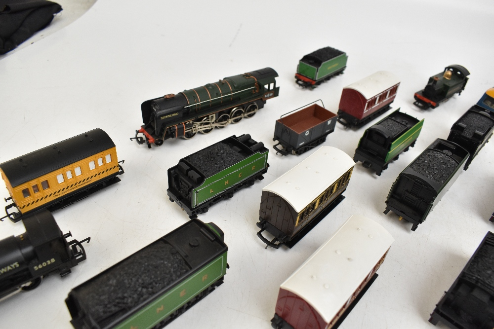 HORNBY; a group of loose model railway comprising sixteen various sized locomotives including - Image 10 of 10