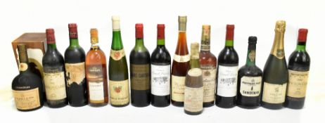 FRANCE; mixed wines including Rothschild Mouton-Cadet 1967 and 1970, two Chateau Grand Bersan Lussac