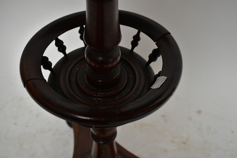 A George IV rosewood circular occasional table, the turned column with basket centre section, on a - Image 3 of 4