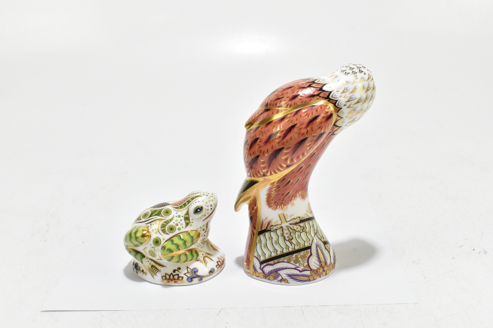 ROYAL CROWN DERBY; two animal form paperweights, comprising 'Red Kite', height 19cm, and 'Toad', - Image 3 of 8