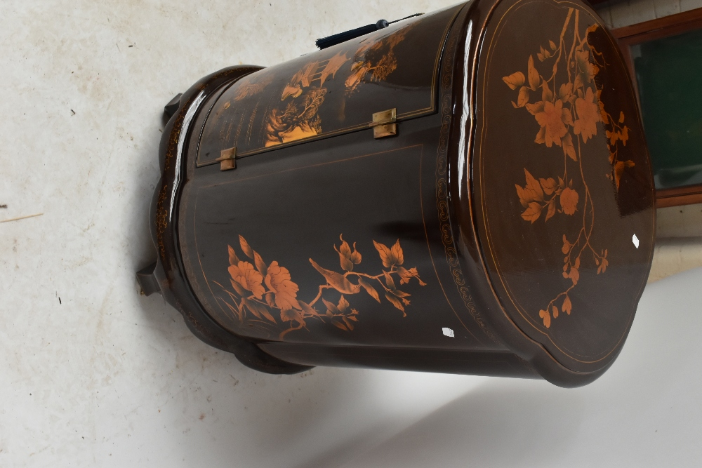 A modern Chinese lacquered drinks cabinet of shaped circular form, with chinoiserie decoration, - Image 4 of 4
