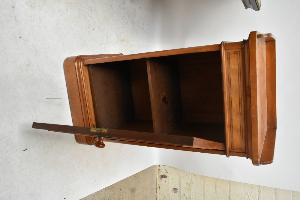 GILLOWS; a Victorian satin walnut and inlaid bedside cabinet with three-quarter raised gallery above - Image 6 of 6