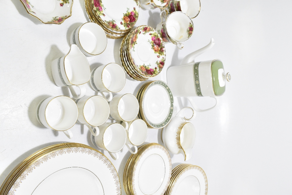 ROYAL ALBERT; a twenty piece part tea set decorated in the 'Old Country Roses' pattern, aRoyal - Image 6 of 7
