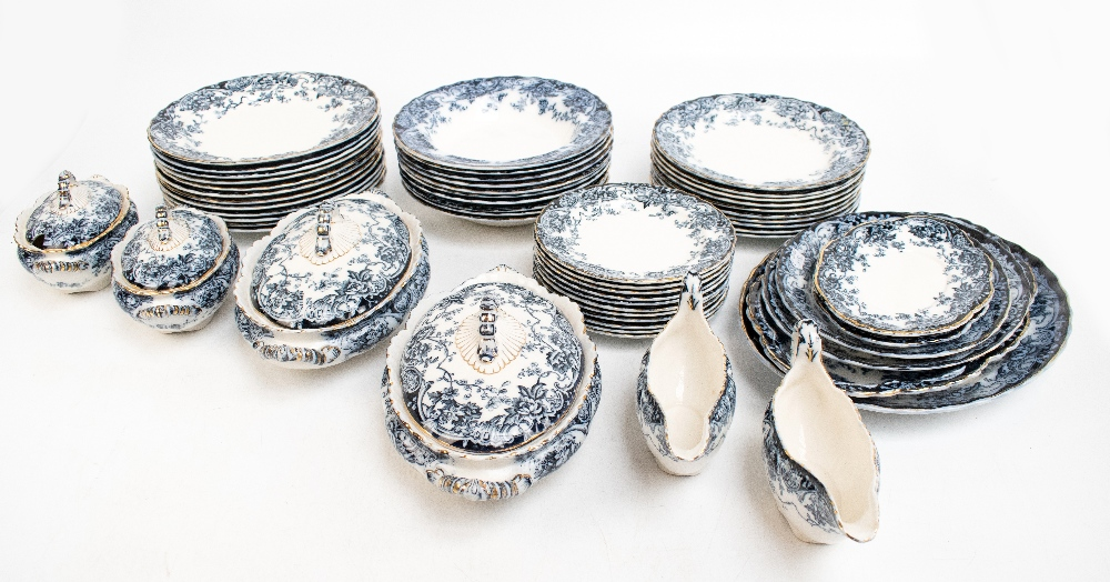 A late Victorian Losol Ware 'Chatsworth' pattern fifty-one piece part dinner service comprising