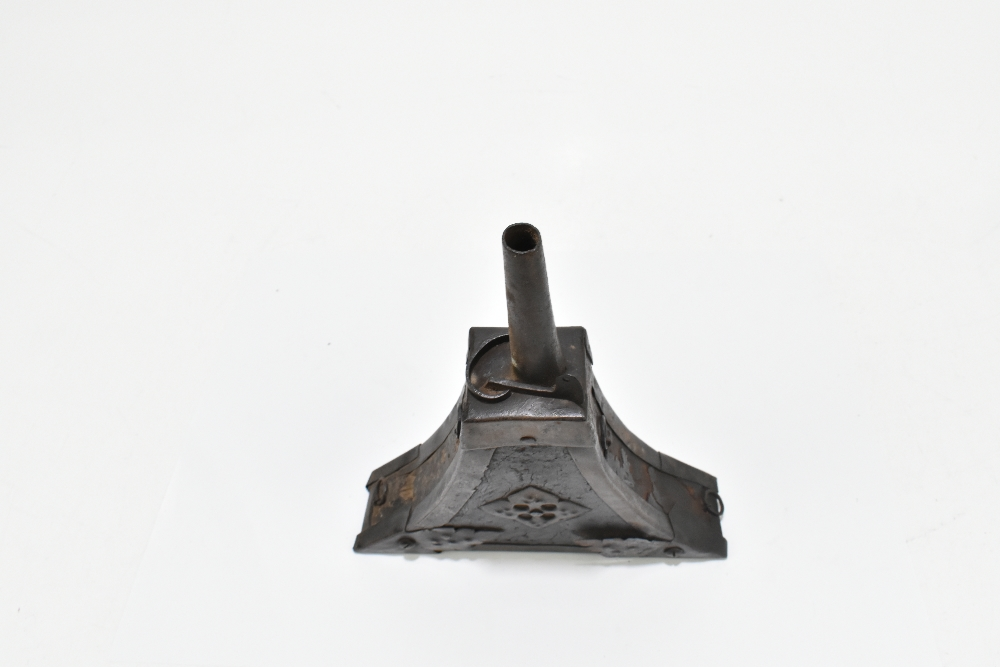 An unusual 19th century steel and leather bound powder flask with applied detail to the front, 23. - Image 6 of 6