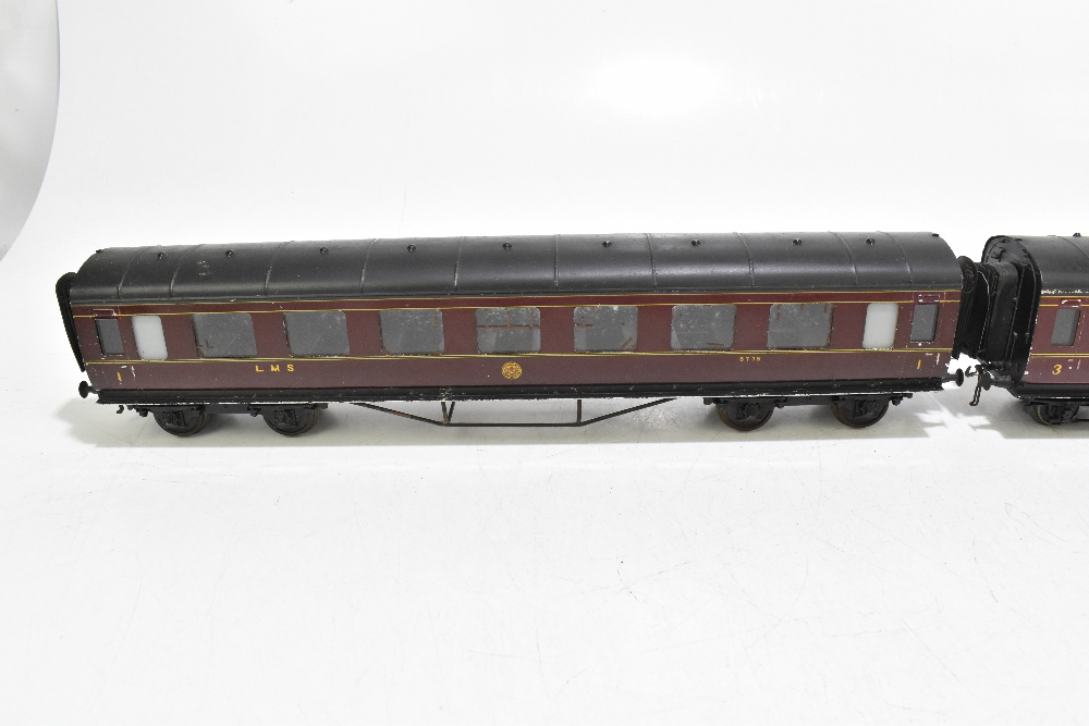 EXLEY FORBASSETT-LOWKE; two LMS coaches comprising a K5 Corridor 1st No.8778 and K6 Brake 3rd No. - Image 7 of 9