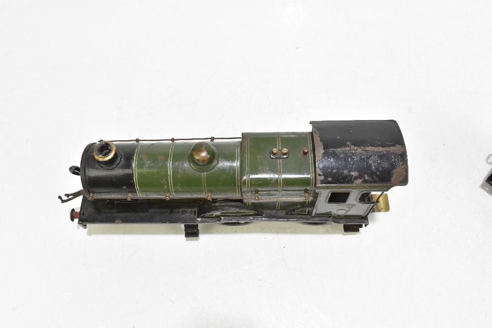 HORNBY; a c.1935-1941 No.2 Special Southern L1 locomotive no.1759, with modern chassis and twelve - Image 6 of 9