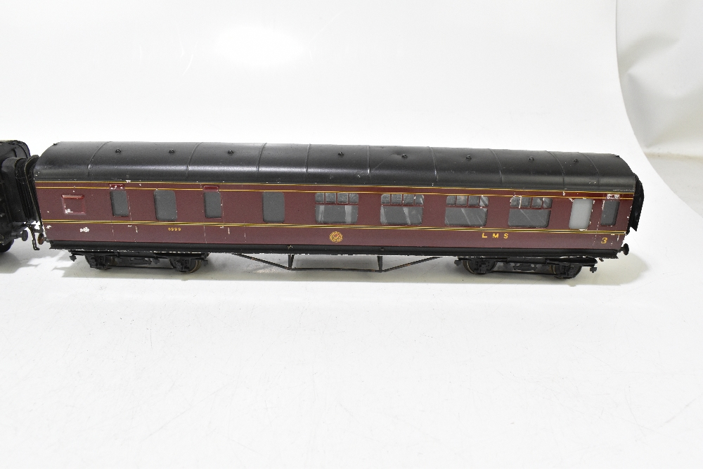 EXLEY FORBASSETT-LOWKE; two LMS coaches comprising a K5 Corridor 1st No.8778 and K6 Brake 3rd No. - Image 3 of 9