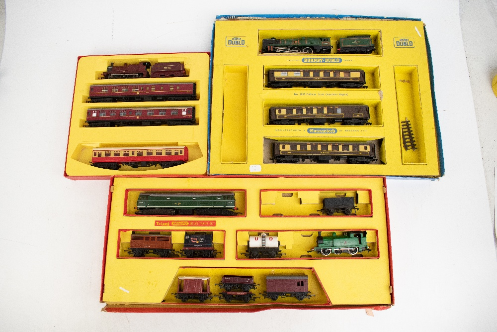 TRI-ANG HORNBY; a two boxed sets comprising RS8 'The Midlander' and RS51 'The Freight Master', - Image 9 of 12