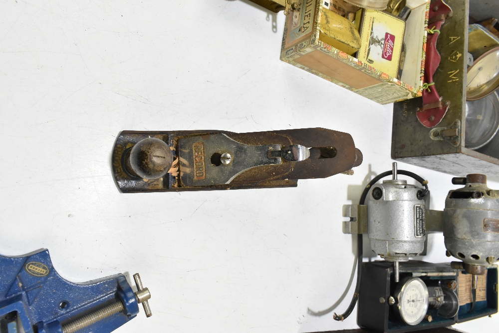 A group of vintage tools including a Record plane, Universal motor, a Cook & Co of Manchester - Image 6 of 8