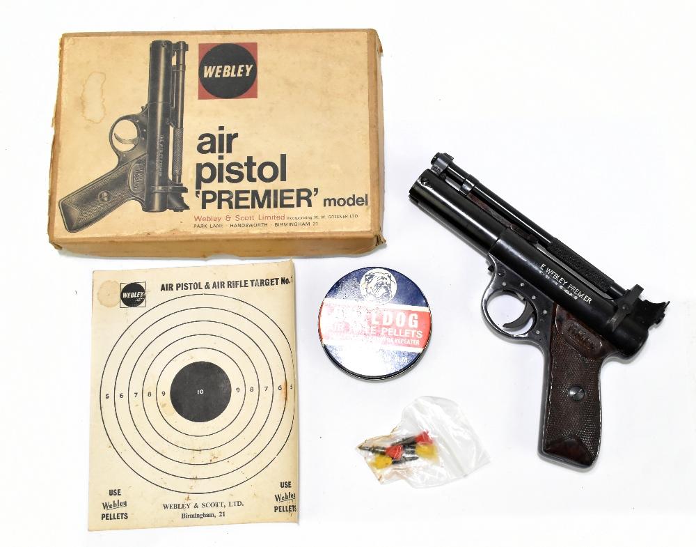 A boxed Webley Premier .22 air pistol with bakelite grips, length 21cm, SN:965. Provenance: The