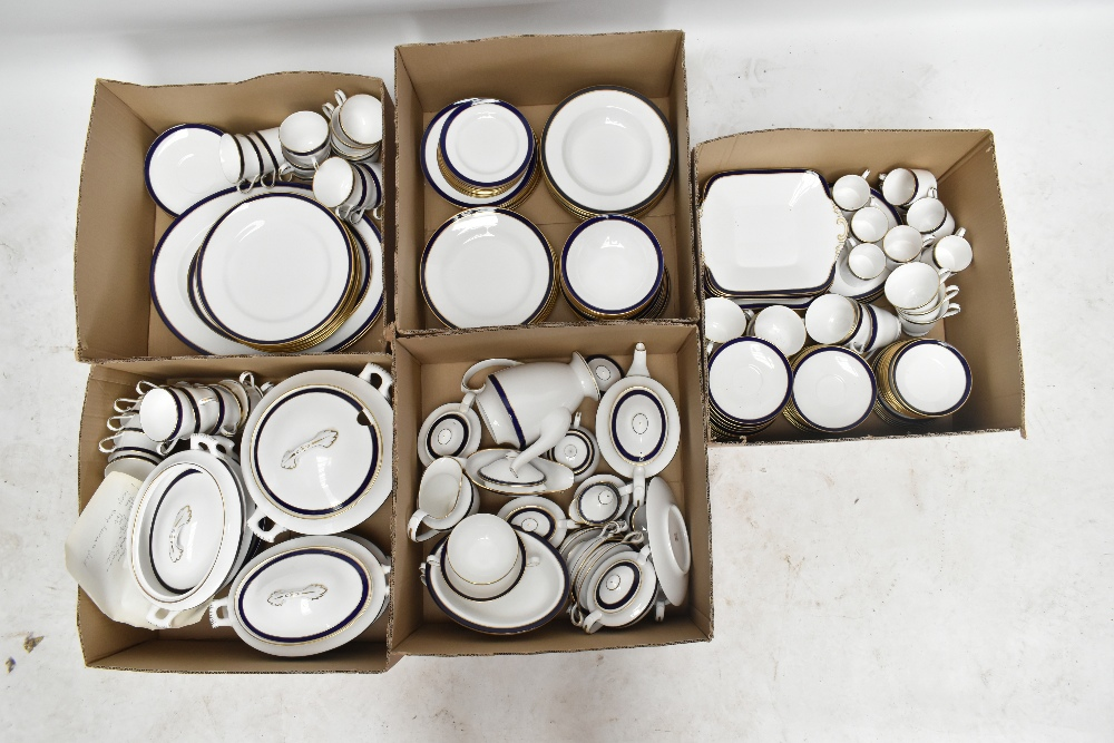 SPODE; an extensive tea and dinner service in the 'Consul Cobalt' pattern, approximately 208 - Image 3 of 3