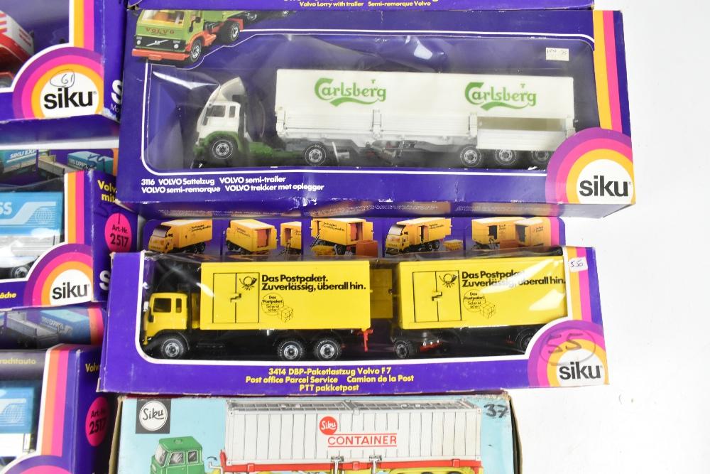 SIKU; fourteen boxed models including 3714 DBP-Paketlastzug Volvo F7, 3115 Volvo F12 LKW, 288 Aral- - Image 6 of 6