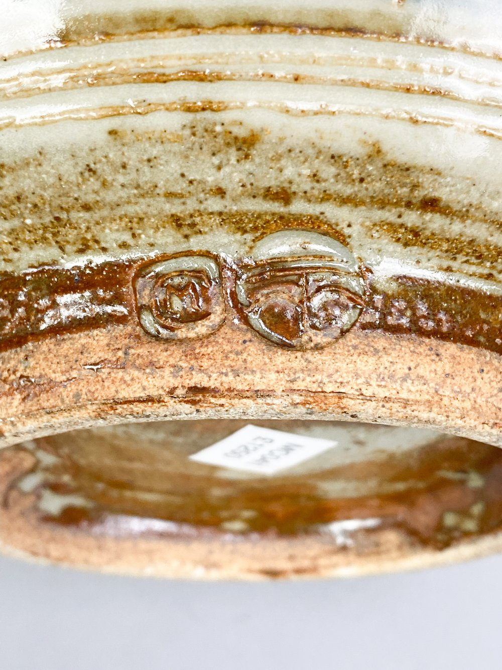 MICHAEL CARDEW (1901-1983) for Wenford Bridge Pottery; a stoneware footed bowl with iron and - Image 5 of 5