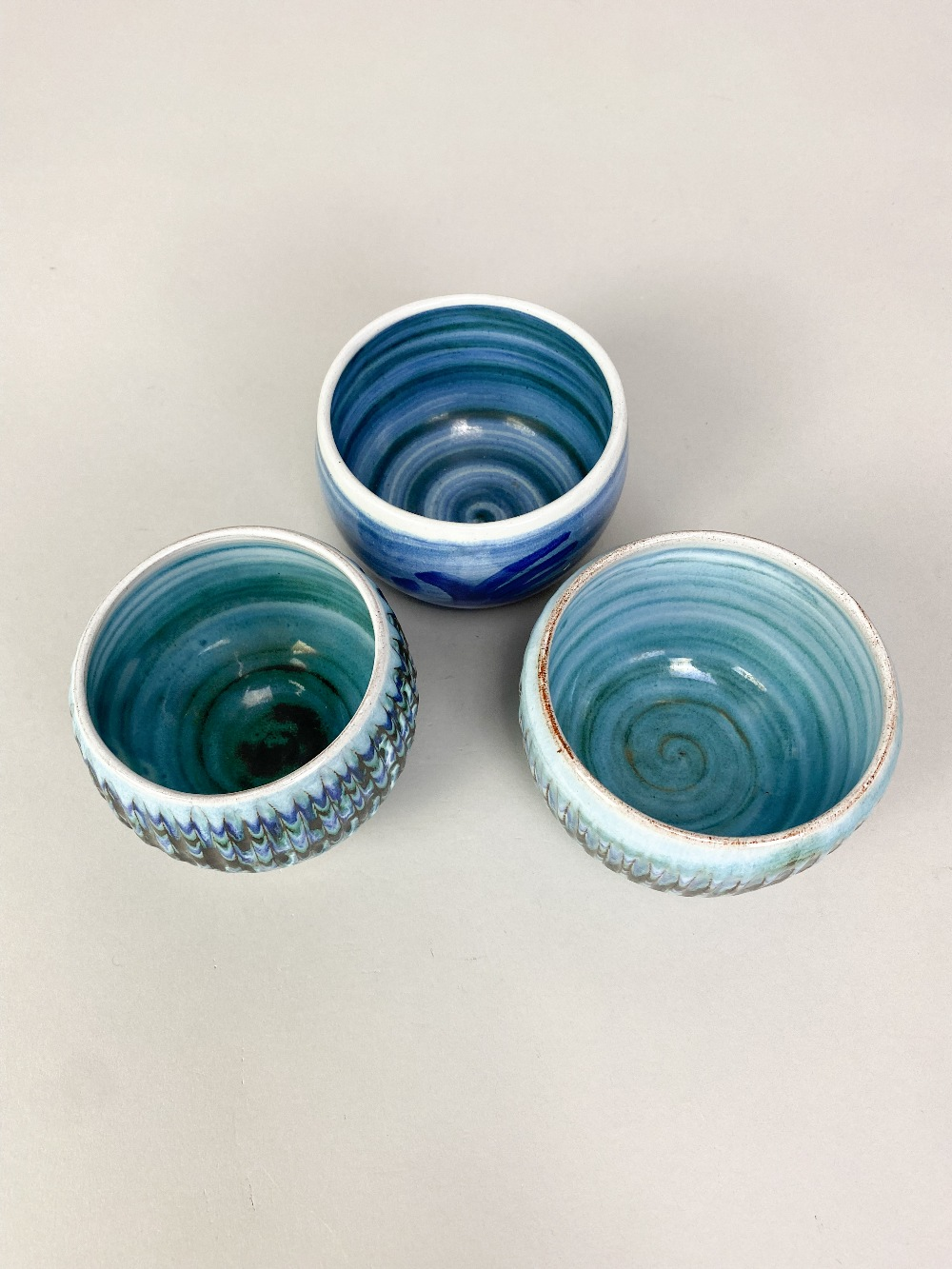 DENNIS LUCAS (1926-1999) for Hastings Pottery; three tin glazed earthenware bowls, impressed pottery - Image 3 of 5