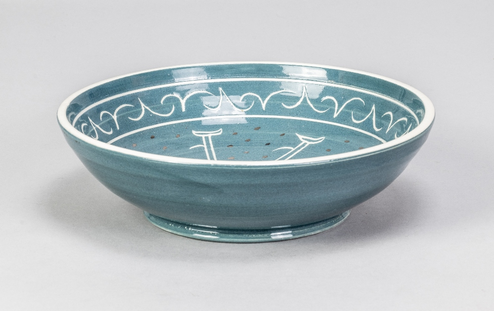 VERA TOLLOW (born 1931); a shallow stoneware bowl covered in blue/grey glaze with incised decoration - Image 3 of 5