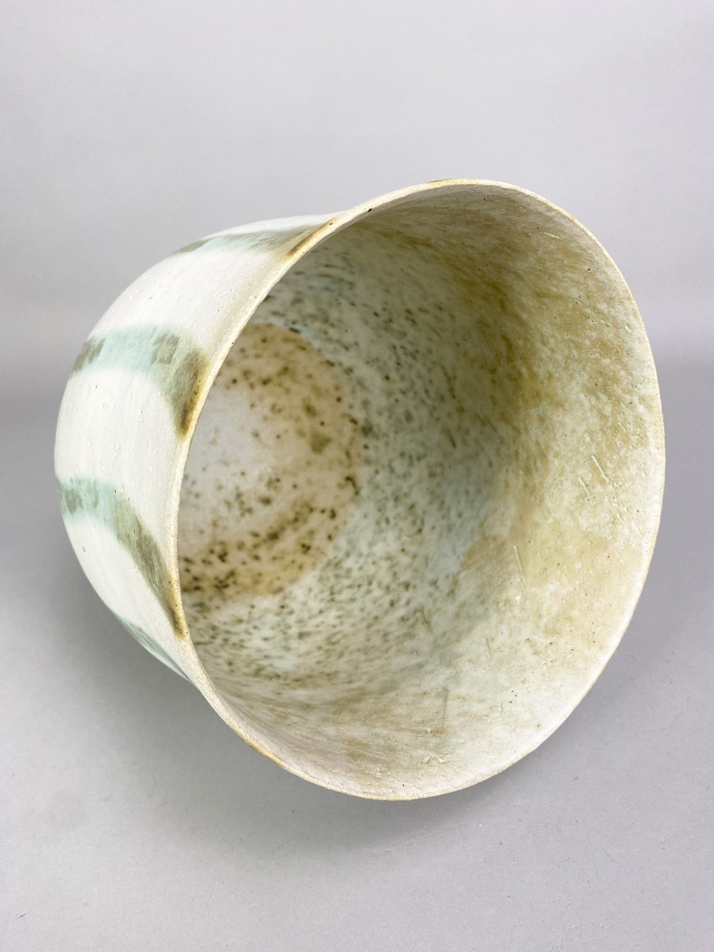 JOHN WARD (born 1938); a deep stoneware vessel with mottled green stripes on off white ground, - Image 3 of 5