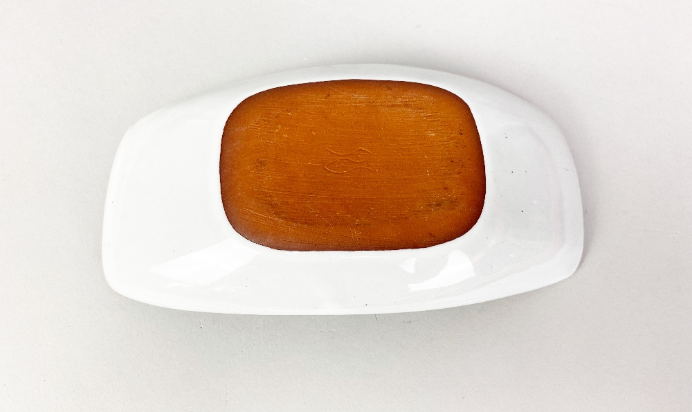 DENNIS LUCAS (1926-1999) for Hastings Pottery; a small rectangular tin glazed earthenware dish, - Image 4 of 5