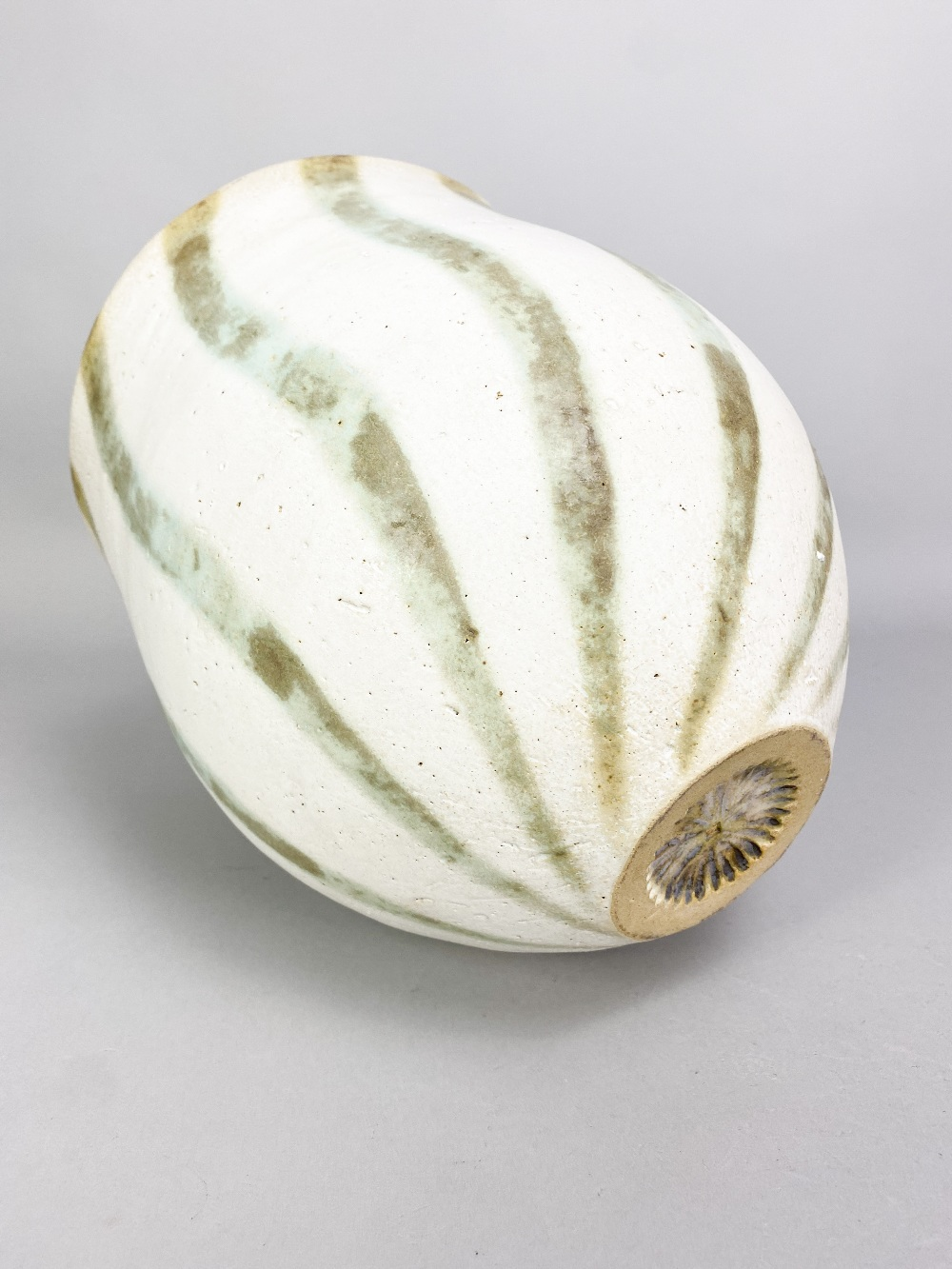 JOHN WARD (born 1938); a deep stoneware vessel with mottled green stripes on off white ground, - Image 4 of 5