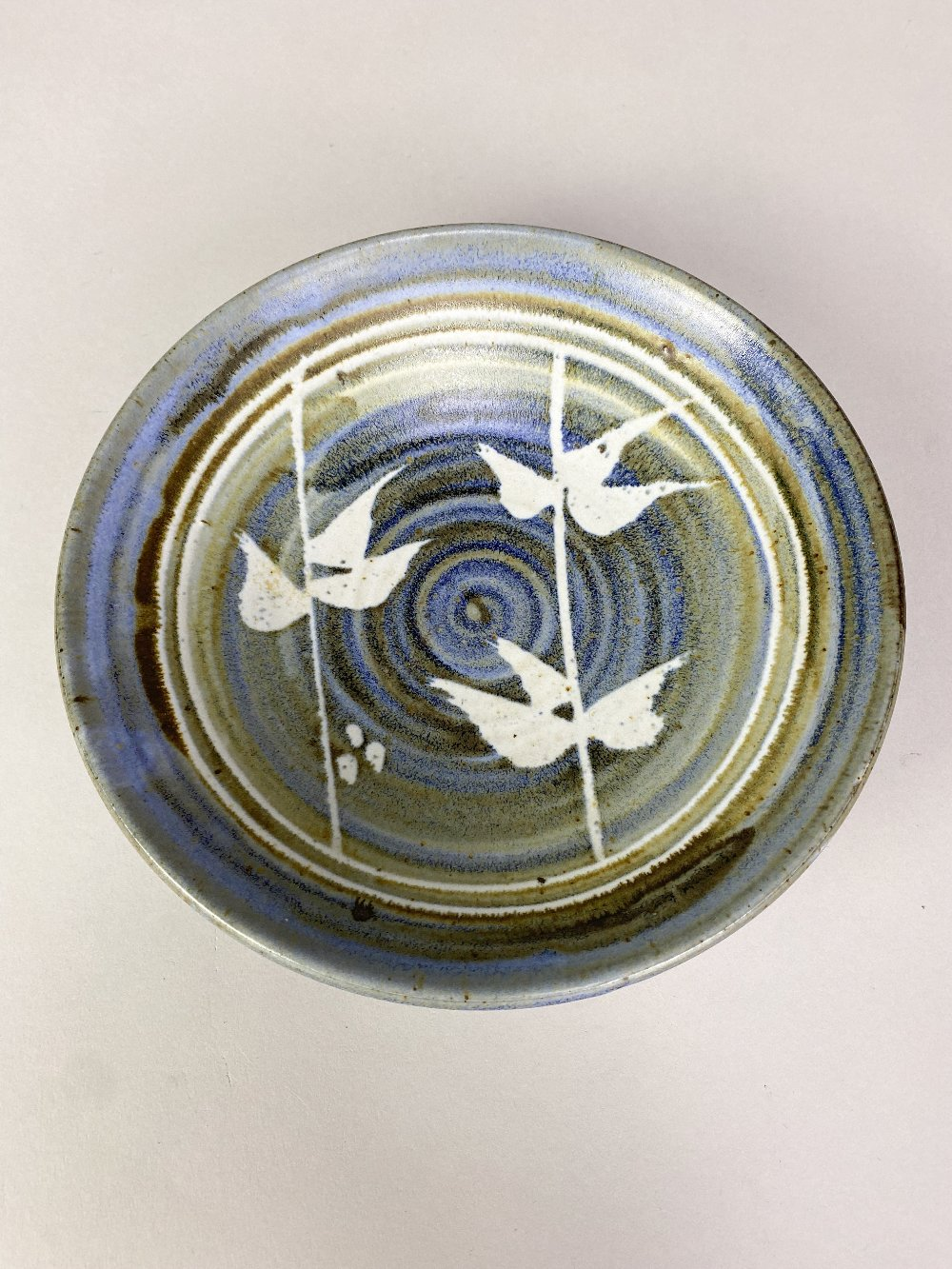 BRYAN NEWMAN (1935-2019) for Aller Pottery; a stoneware footed dish with wax resist decoration on - Image 3 of 5
