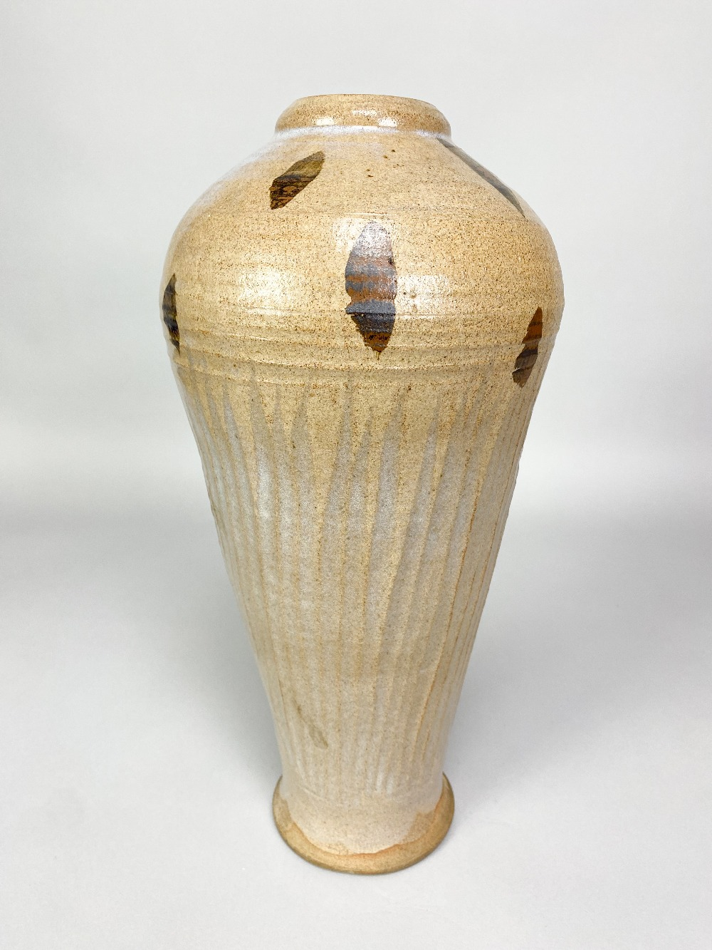 WILLIAM STAITE MURRAY (1881-1962); a tall stoneware bottle with fluted body and iron decoration to - Image 8 of 8