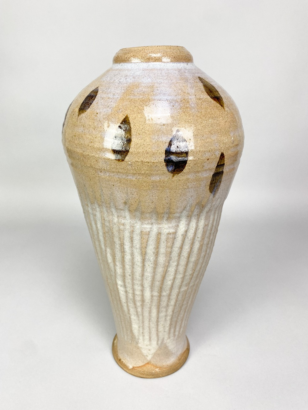 WILLIAM STAITE MURRAY (1881-1962); a tall stoneware bottle with fluted body and iron decoration to - Image 7 of 8
