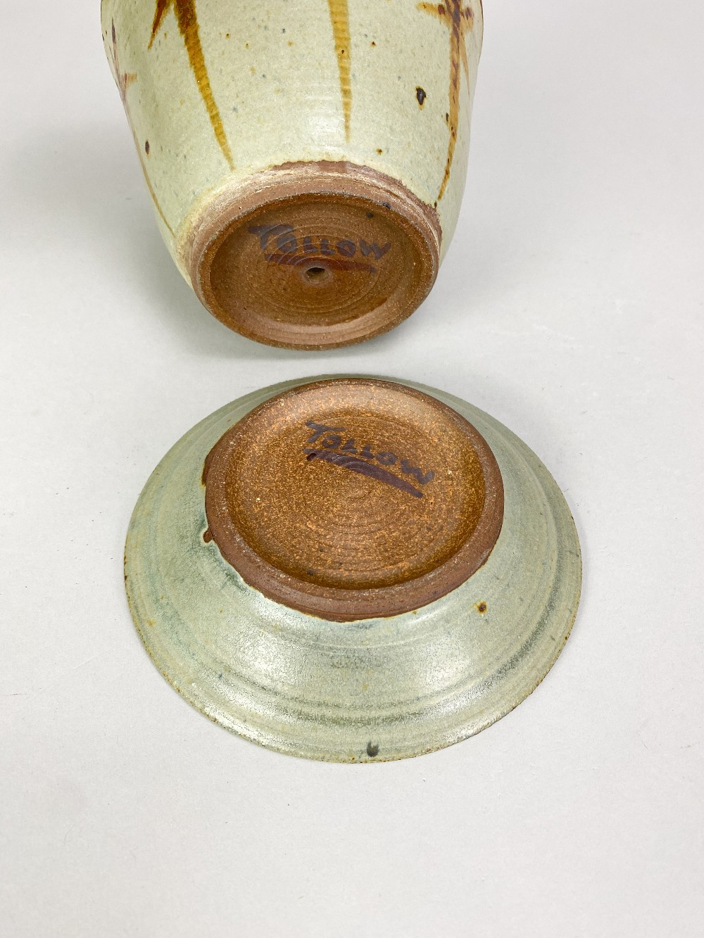 VERA TOLLOW (born 1931); a stoneware flower pot and saucer with iron decoration on green/grey - Image 5 of 6