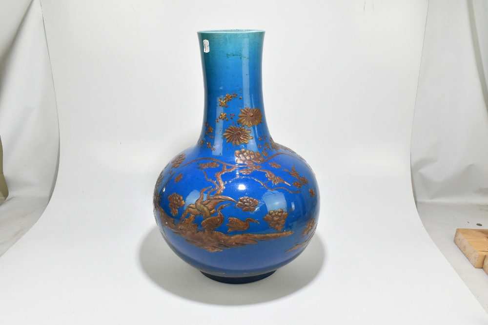 A large and impressive Chinese ceramic baluster form vase with relief chinoiserie decoration - Image 3 of 6