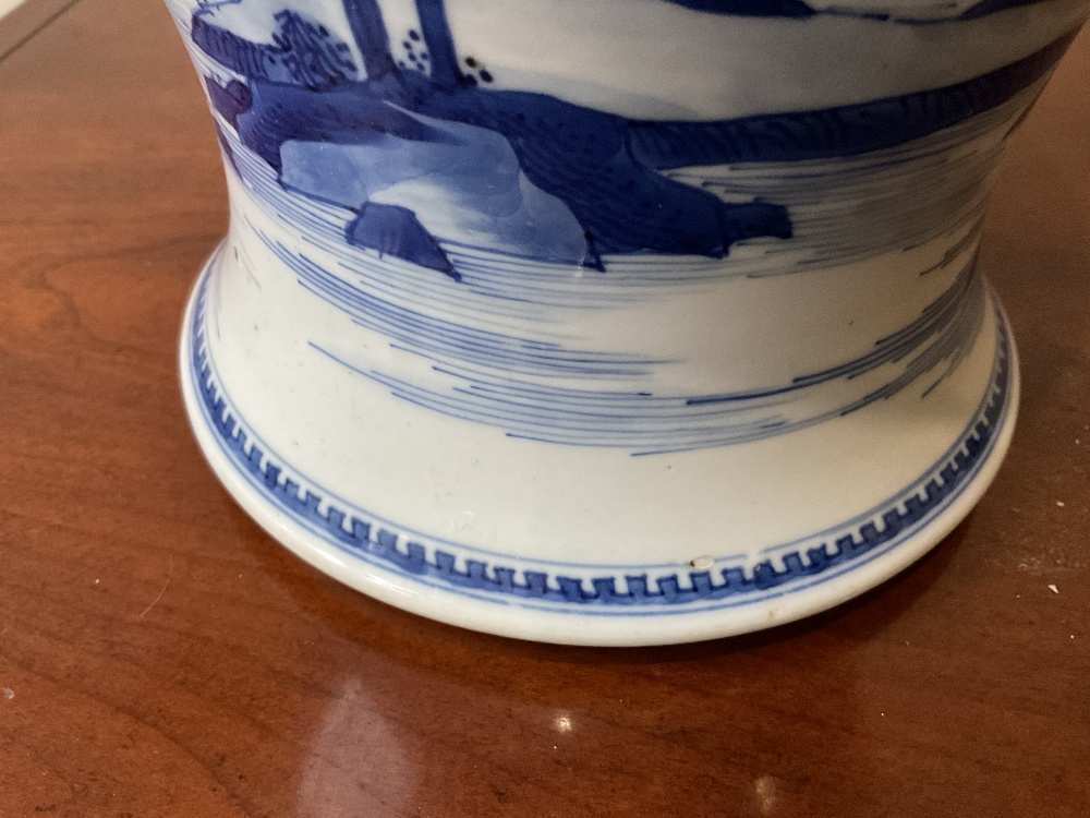 A 18th century Chinese Export blue and white vase with associated cover and stand decorated with - Image 16 of 21