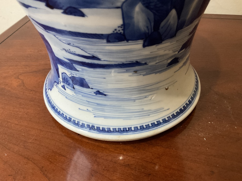 A 18th century Chinese Export blue and white vase with associated cover and stand decorated with - Image 18 of 21