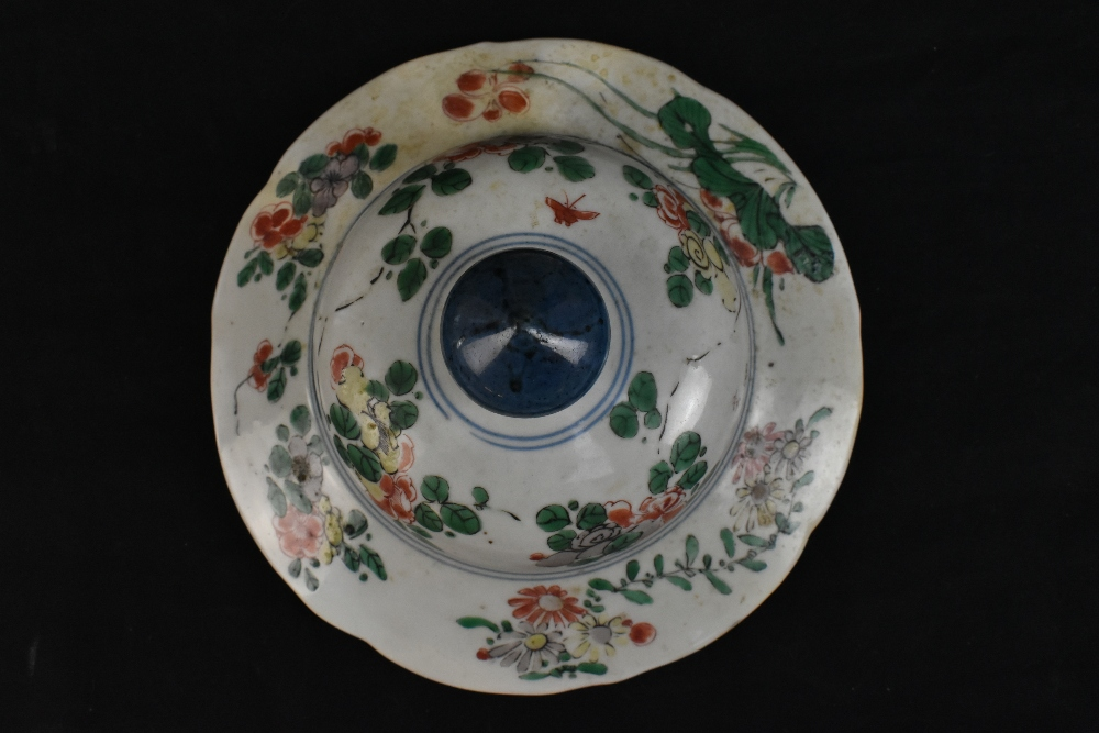 A 19th century Chinese Famille Verte Wucai porcelain temple jar and cover painted with a band of - Image 6 of 33