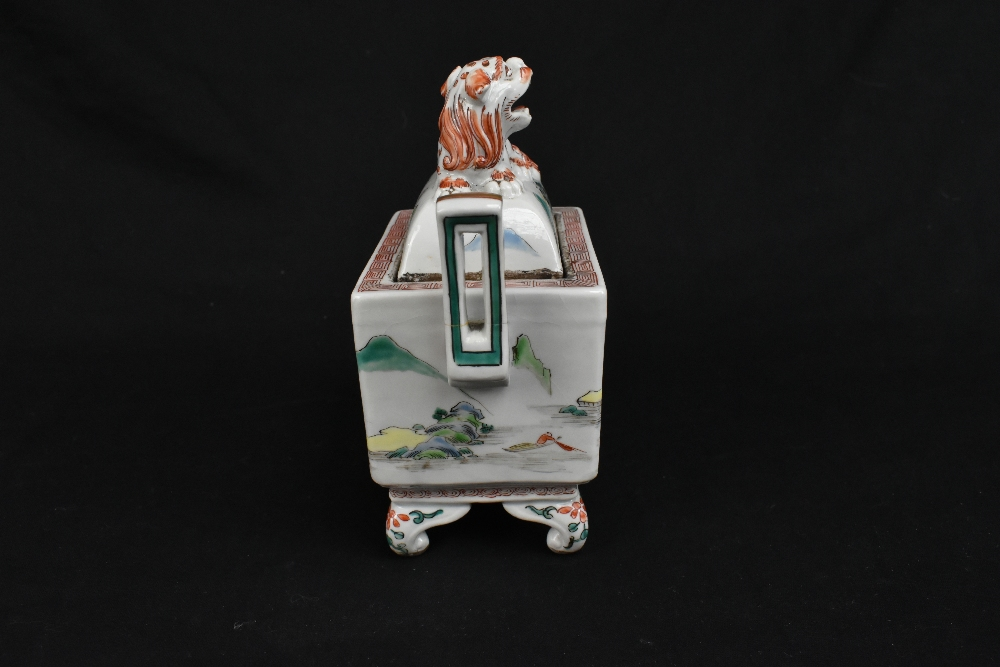 A 19th century Chinese Famille Verte Wucai porcelain koro and cover, the cover moulded with a shishi - Image 3 of 14
